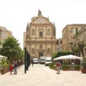 Sicily stage-Francine and Java Monkey