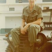 Steve Viet Nam-jeep